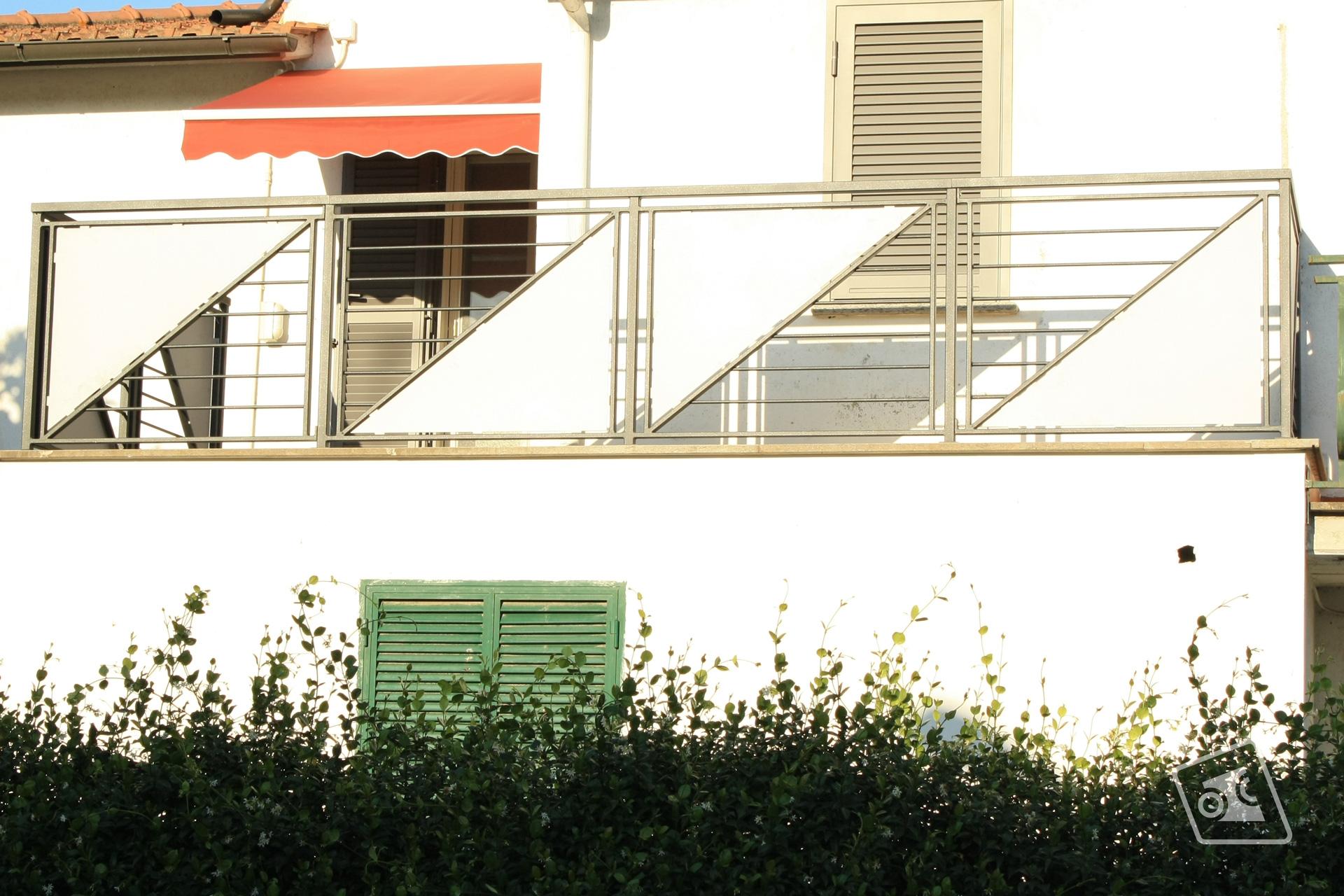 web_ringhiera-per-balconi